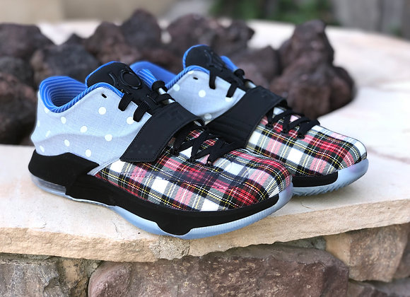 "KD 7 EXT CNVS QS ""PLAID AND POLKA DOT"""