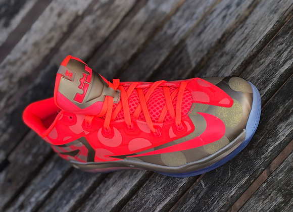 "MAX LEBRON 11 LOW ""MAISON COLLECTION"""