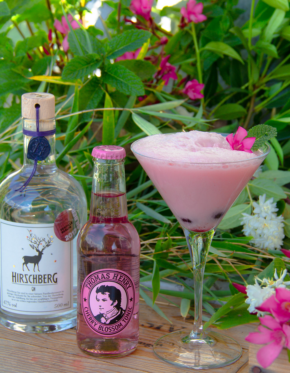 Pink Flamingo Blossom Gin, Hirschberg Gin