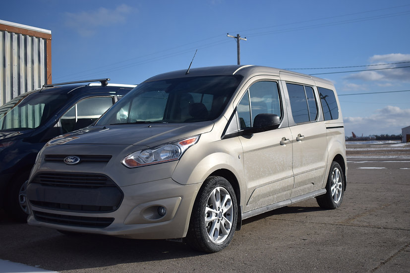 2016 Ford Transit Connect XLT *Demo Van*