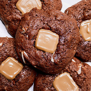 Vegan Caramel Button Cookies