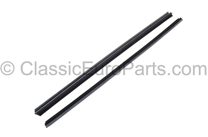 BMW E30 CONVERTIBLE FRONT SIDE WEATHERSTRIP