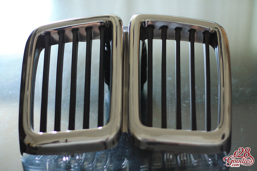 E28 FRONT KIDNEY GRILL NEW