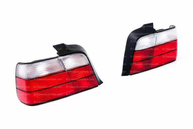 BMW E36 SALOON REAR LIGHTS SET