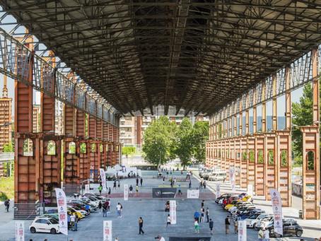 Turin und die Automobil Ausstellung in freier Natur