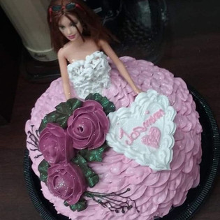 Alguns dos nossos bolos de Barbie
