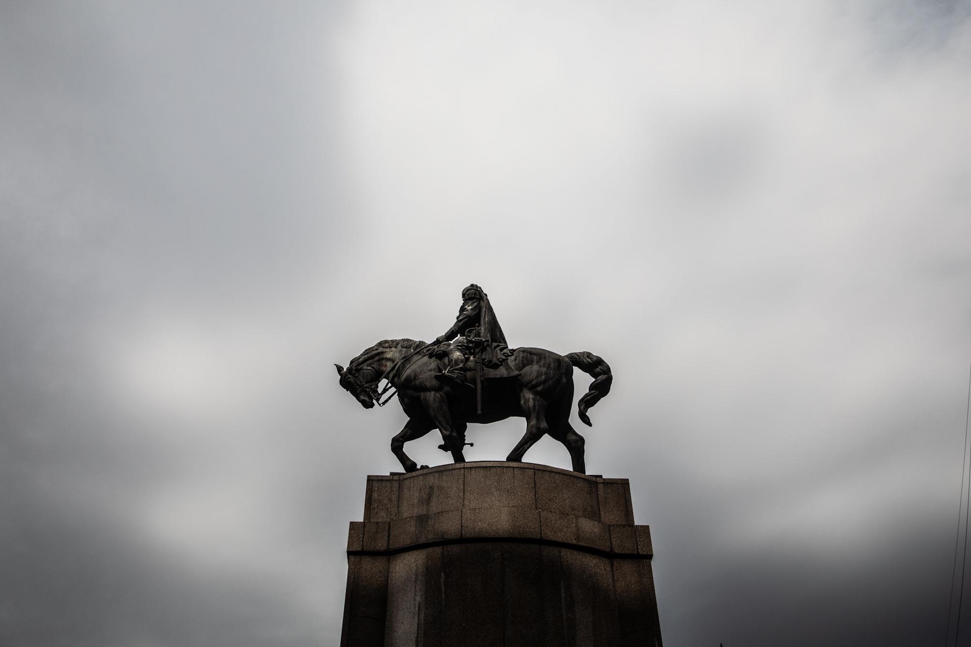 Monumento a Roca