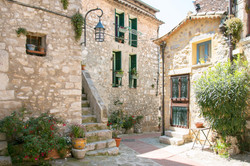Town Square, La Turbie