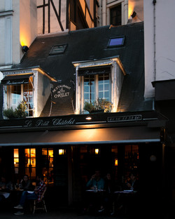 Au Petit Chatelet, Paris