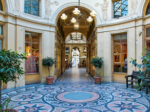 Upscale Shopping And Historical Charm - Galerie Vivienne, Paris