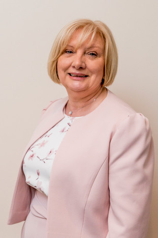 Caroline Collins
