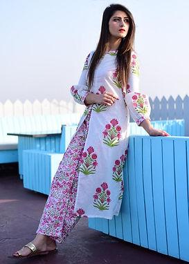 Floral Print Chanderi Top With Beautiful Floral Print Crepe Pant