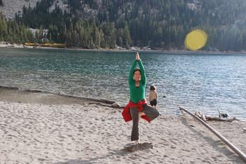 Vrksasana en el lago