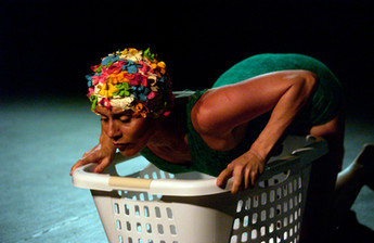 Quehacer, 2008, Foto Néstor Rivera.jpeg