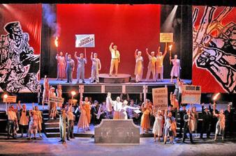 """Diseño de escenografía para """"Evita"""" (Teatro Repertorio UPR)"""