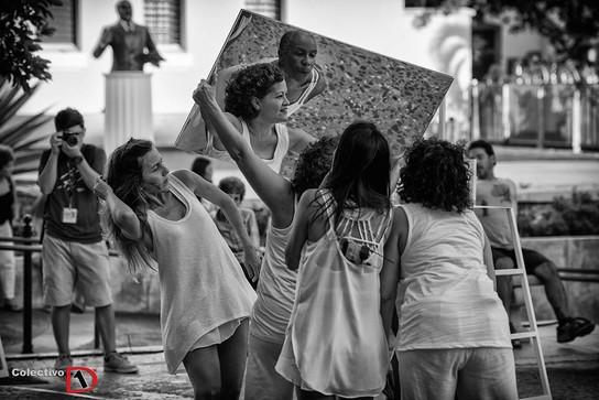 Mujeres ante el espejo de Myrna Báez