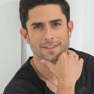 Marcos Carlos Cintrón