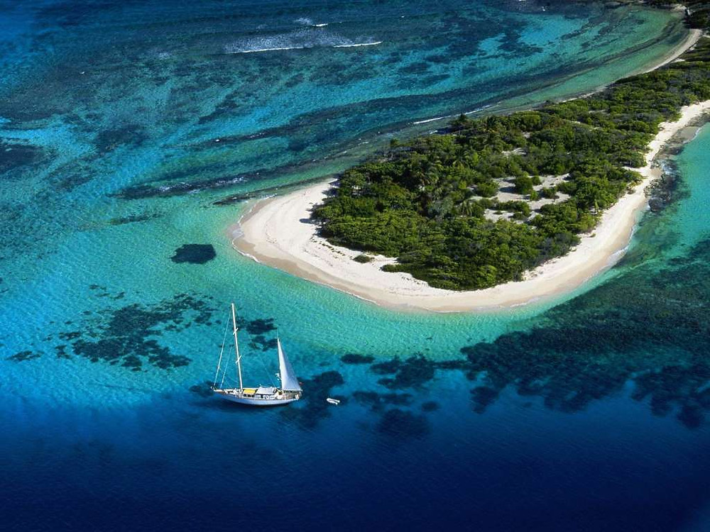 The Grenadines are one of the most beautiful Sailing Spots in the Winward Islands