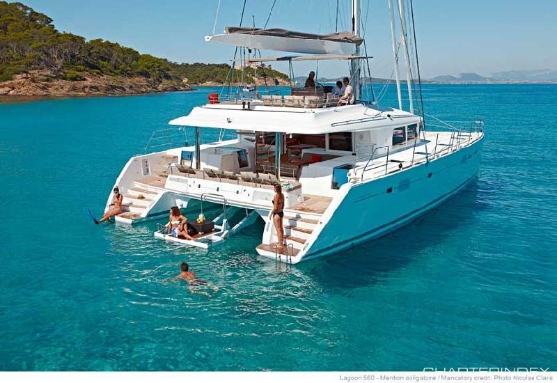 Catamaran A2