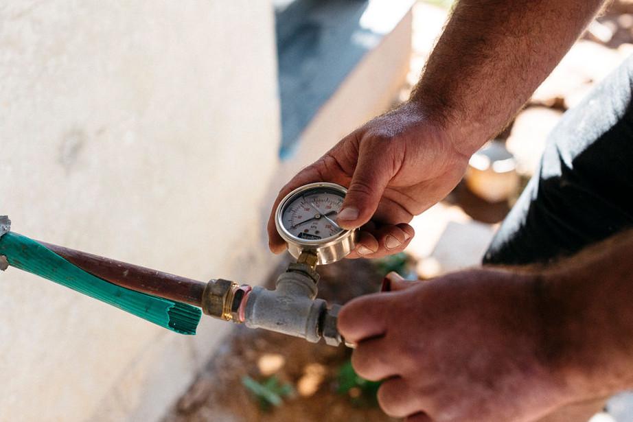 Burst Plumbing Compress