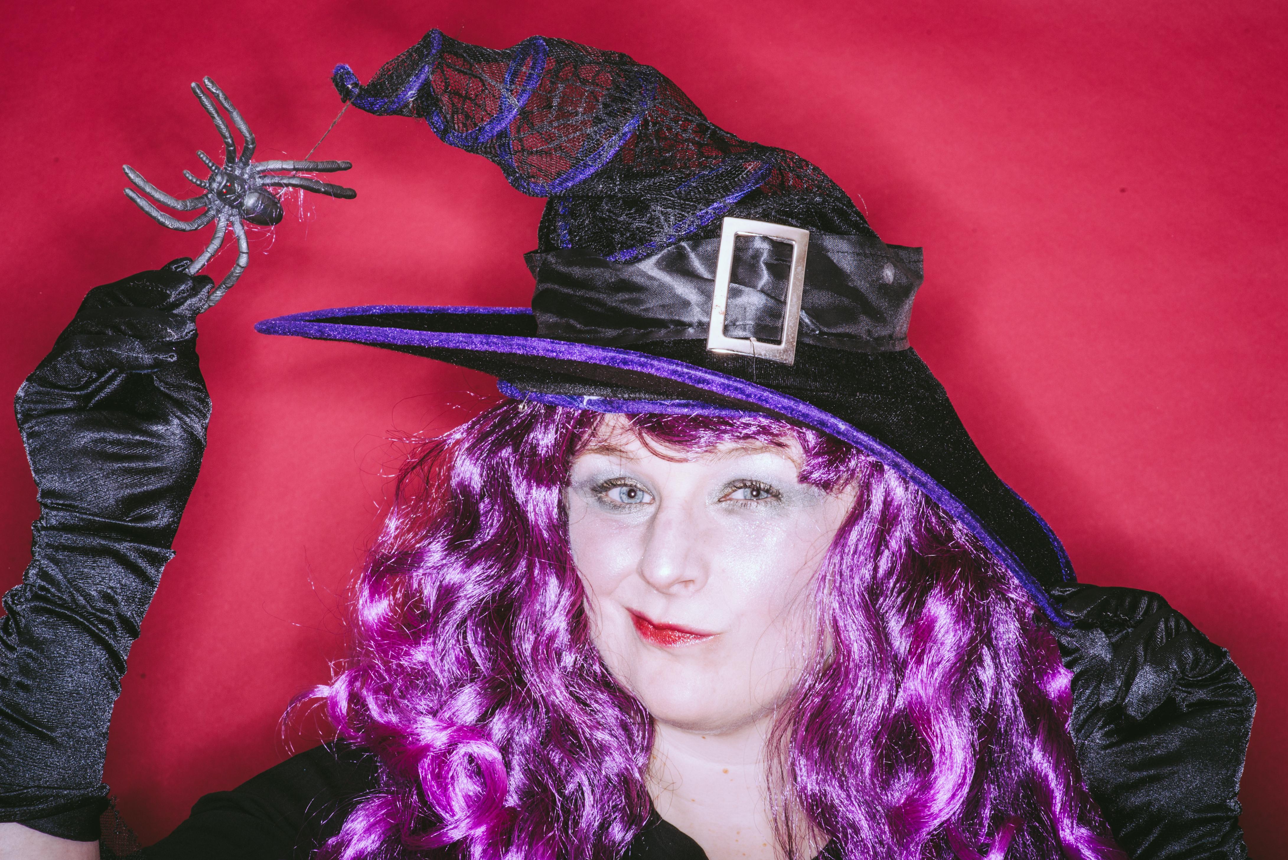 Twitch the Witch