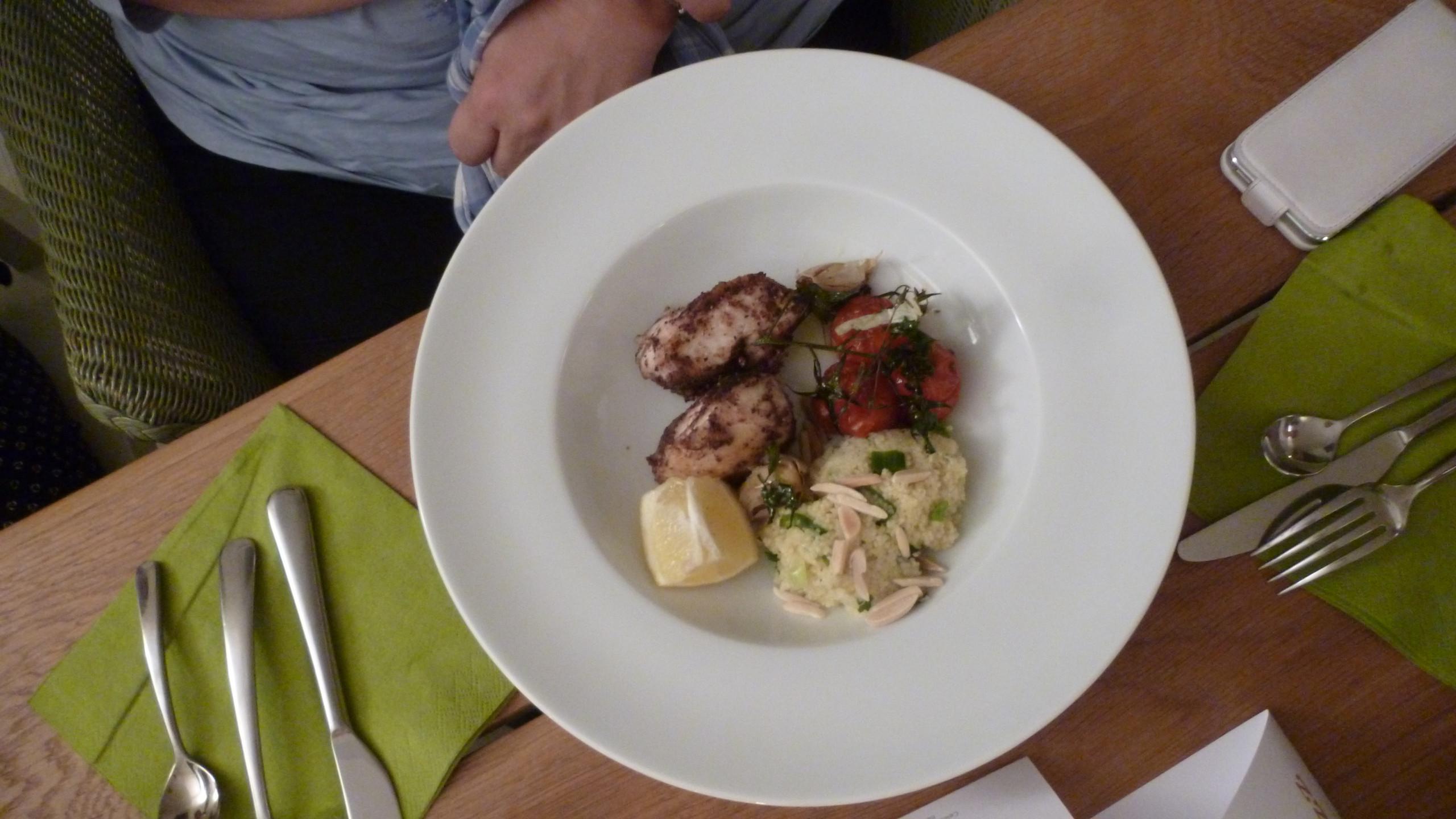 Knusperhühnchen mit Mandel-Couscous