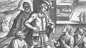 Un giovane vestito da pellegrino