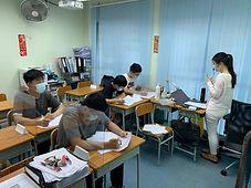 「升級」英文專科班(中學)