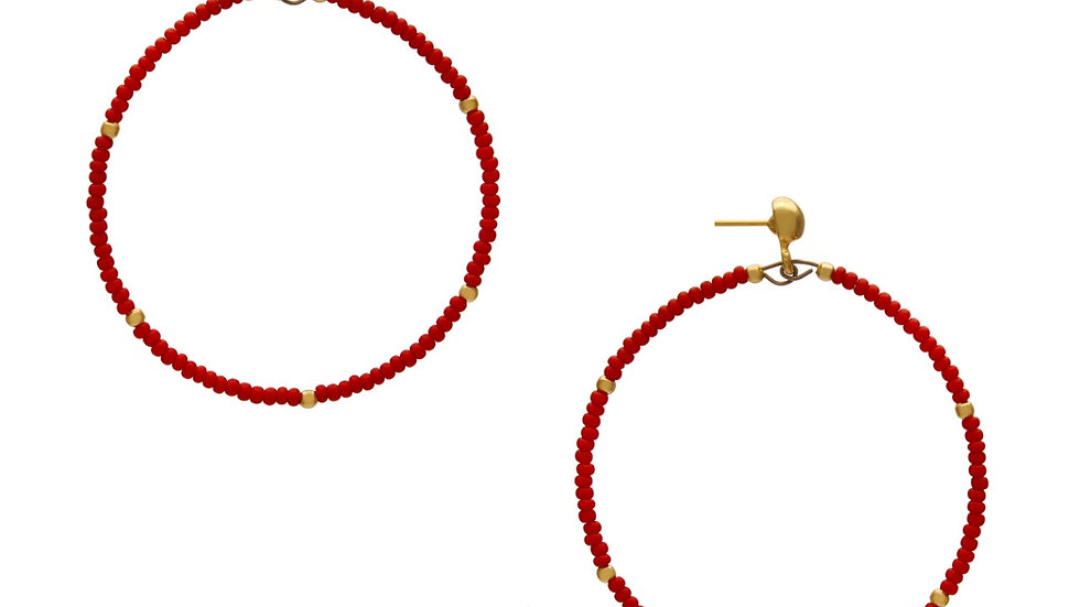 Argola Micro Missanga Vermelha