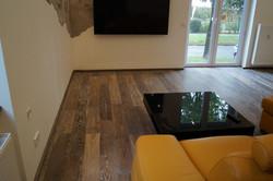 Masivní dubová podlaha