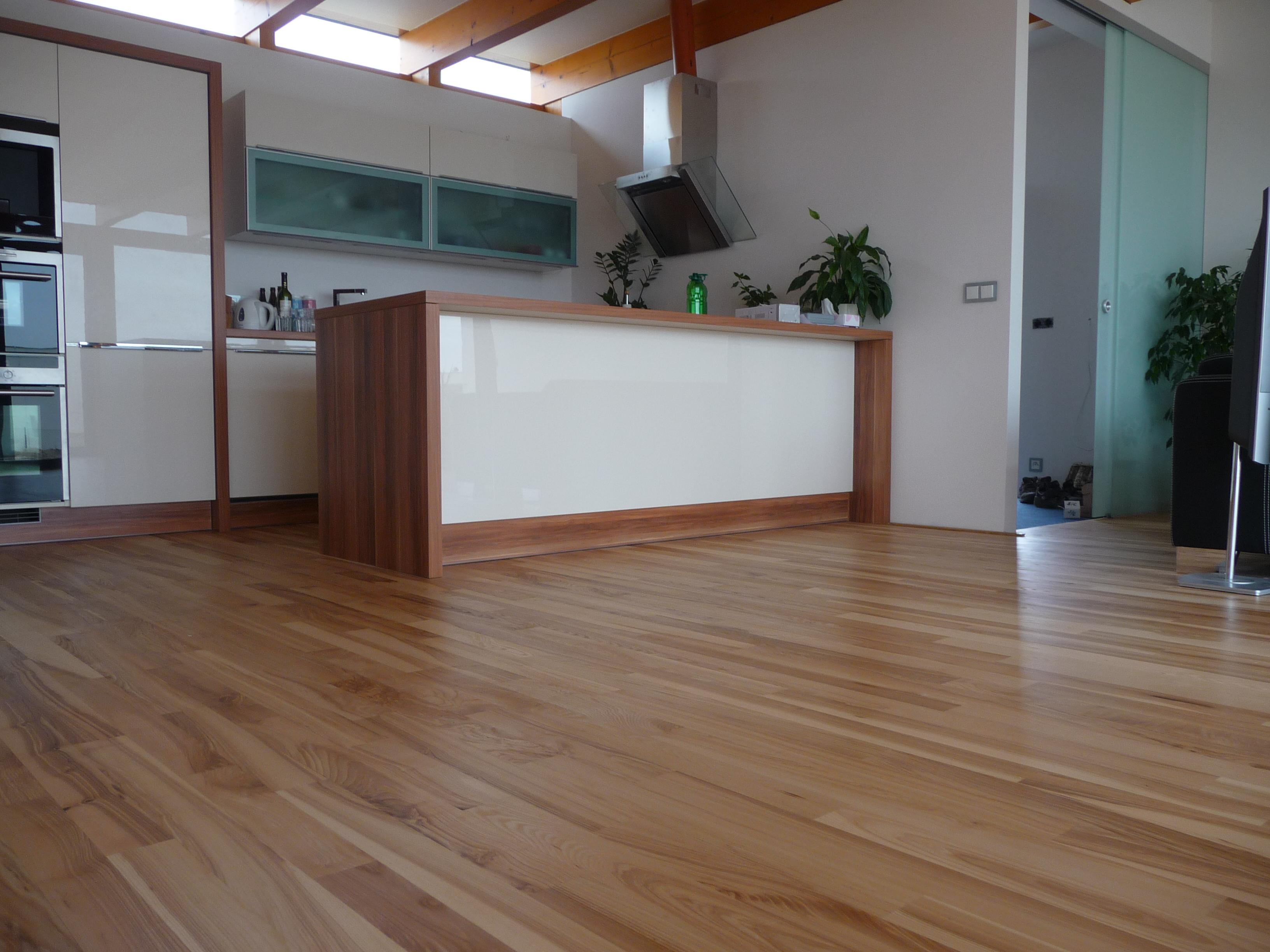 Dřevěná podlaha Jasan