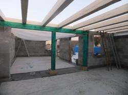 Dřevěný trámový strop