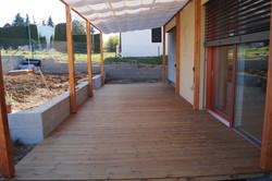Dřevěná terasa a dřevěná pergola Primavera vila Úvaly Radlická čtvrť