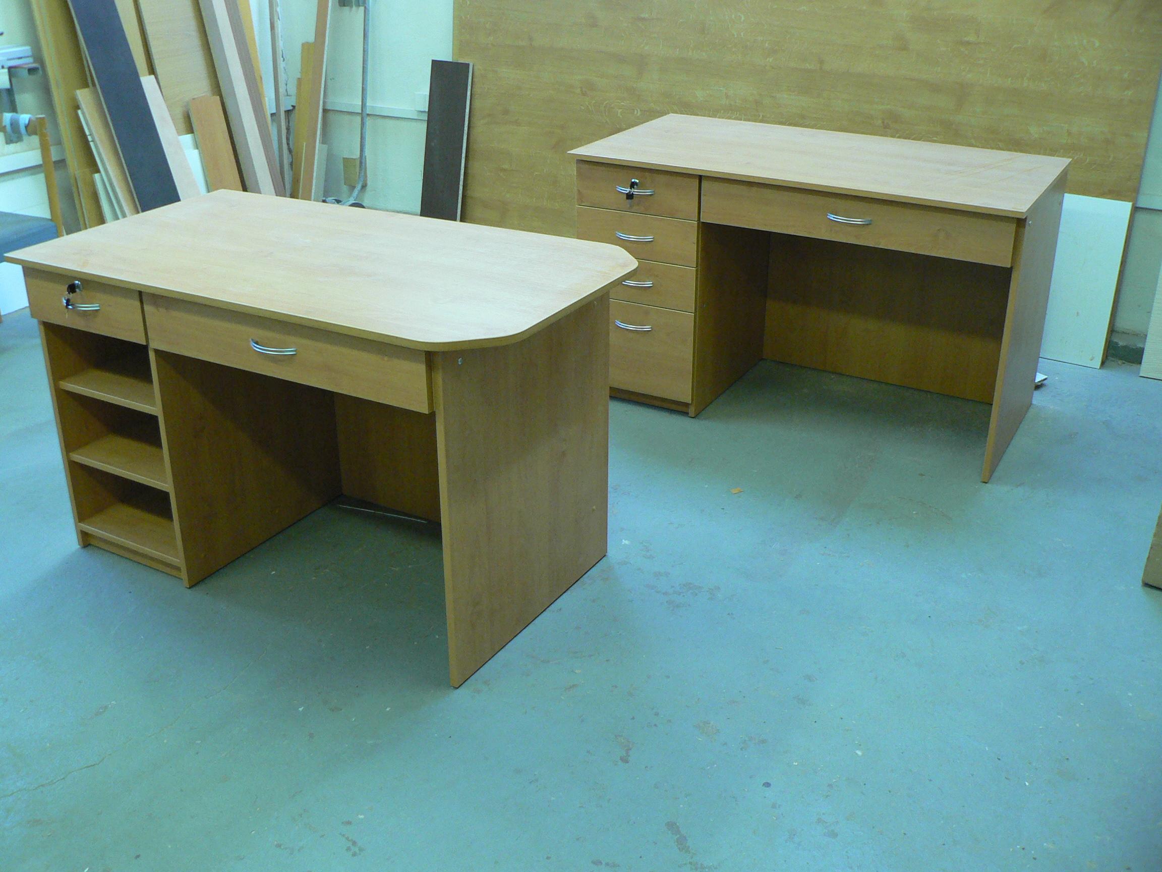Stůl laminovaná dřevotříska