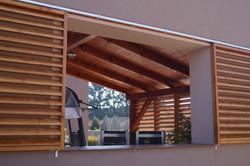 Posuvné dřevěné okenice