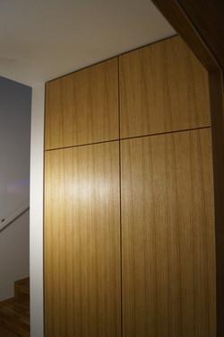 Vestavěná skříň dubová dýha