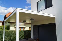 Pergola s plochou střechou