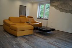 Zakouřená dubová podlaha
