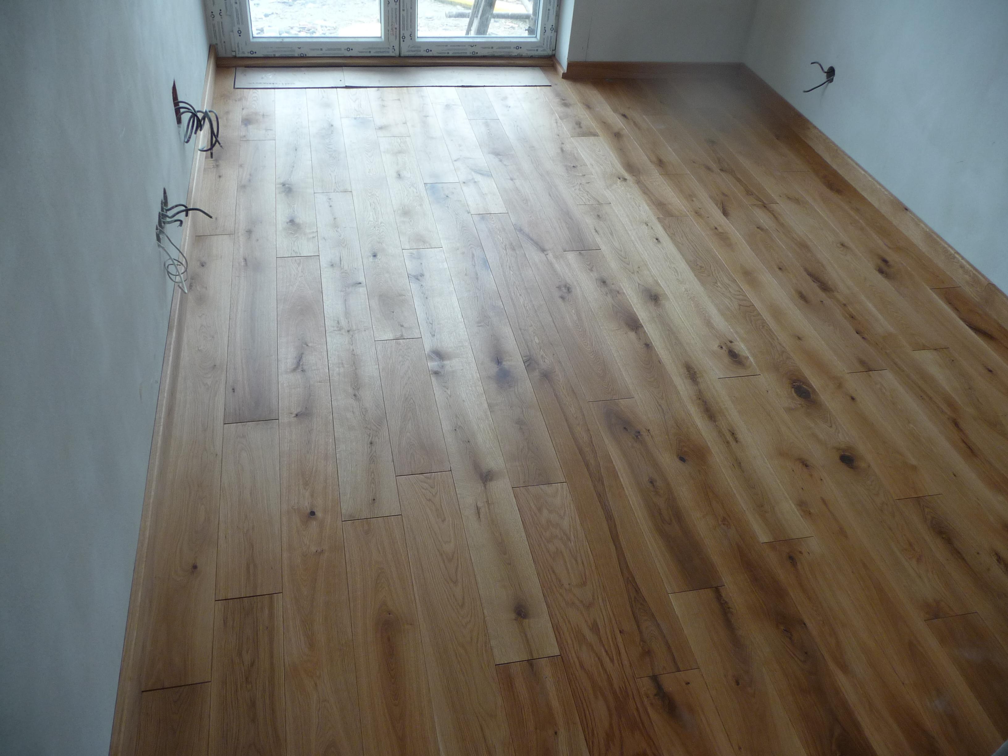 Dřevěná podlaha červený dub