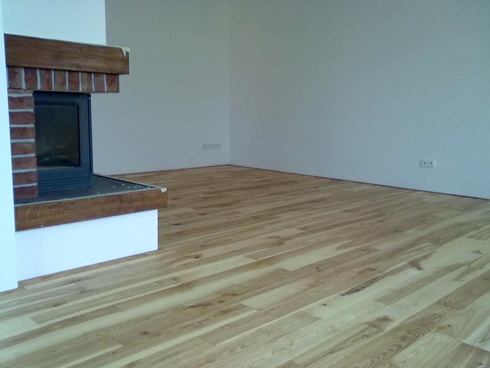Jasanová dřevěná podlaha