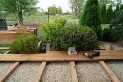 Dřevěné terasy v zahradě Nymburk