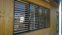 Otočné dřevěné okenice cedr