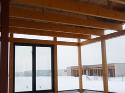 Dřevěná konstrukce dřevostavby v kvalitě opracování nábytek