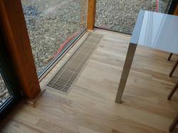 Jasanová podlaha v dřevostavbě