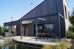 Dřevěná terasa u biotopu stínění baldachýnem Chrudim