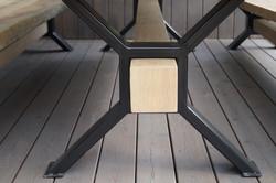 Kombinace ocelové konstrukce a dubu