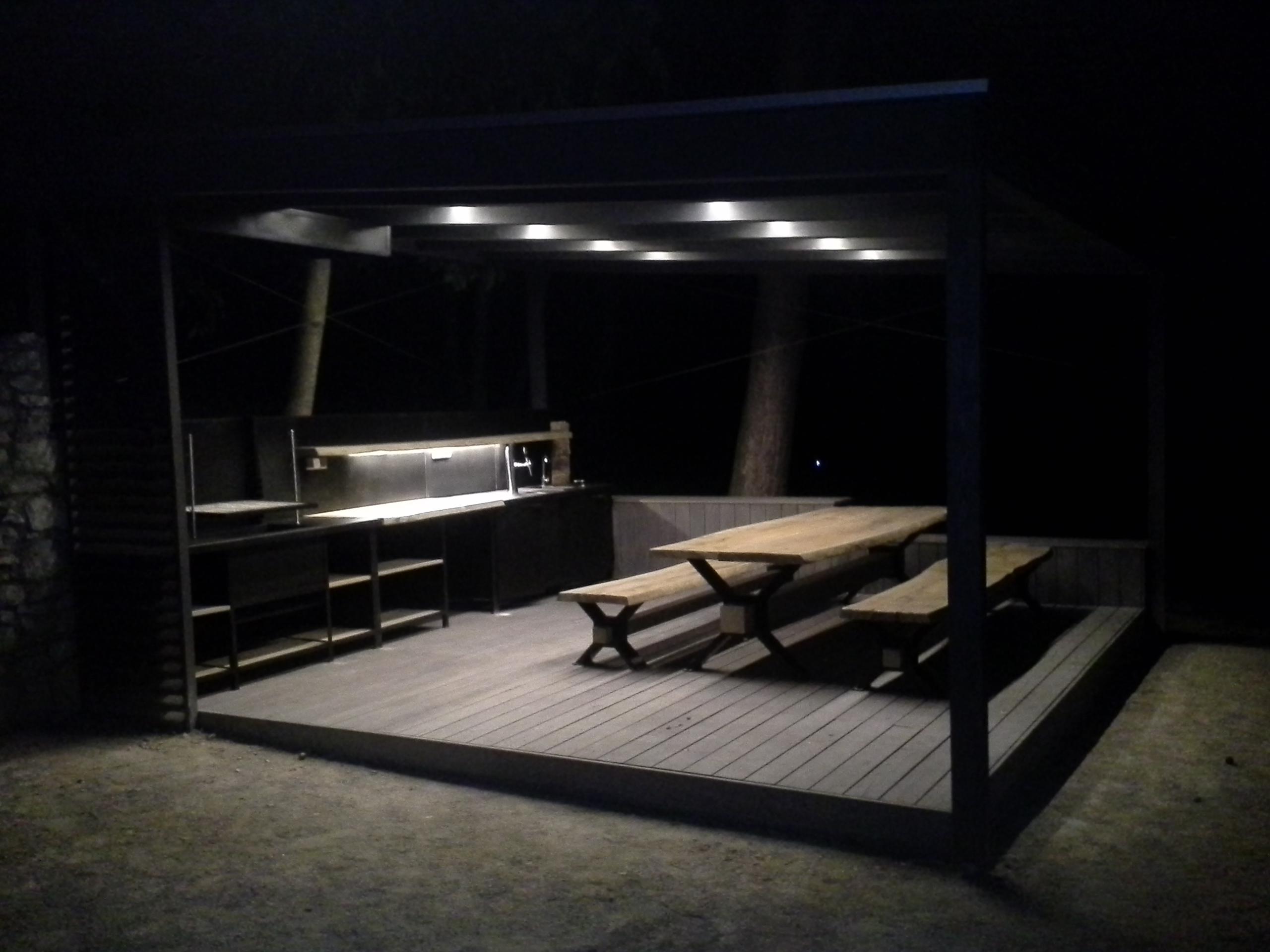 LED osvětlení letní kuchyně