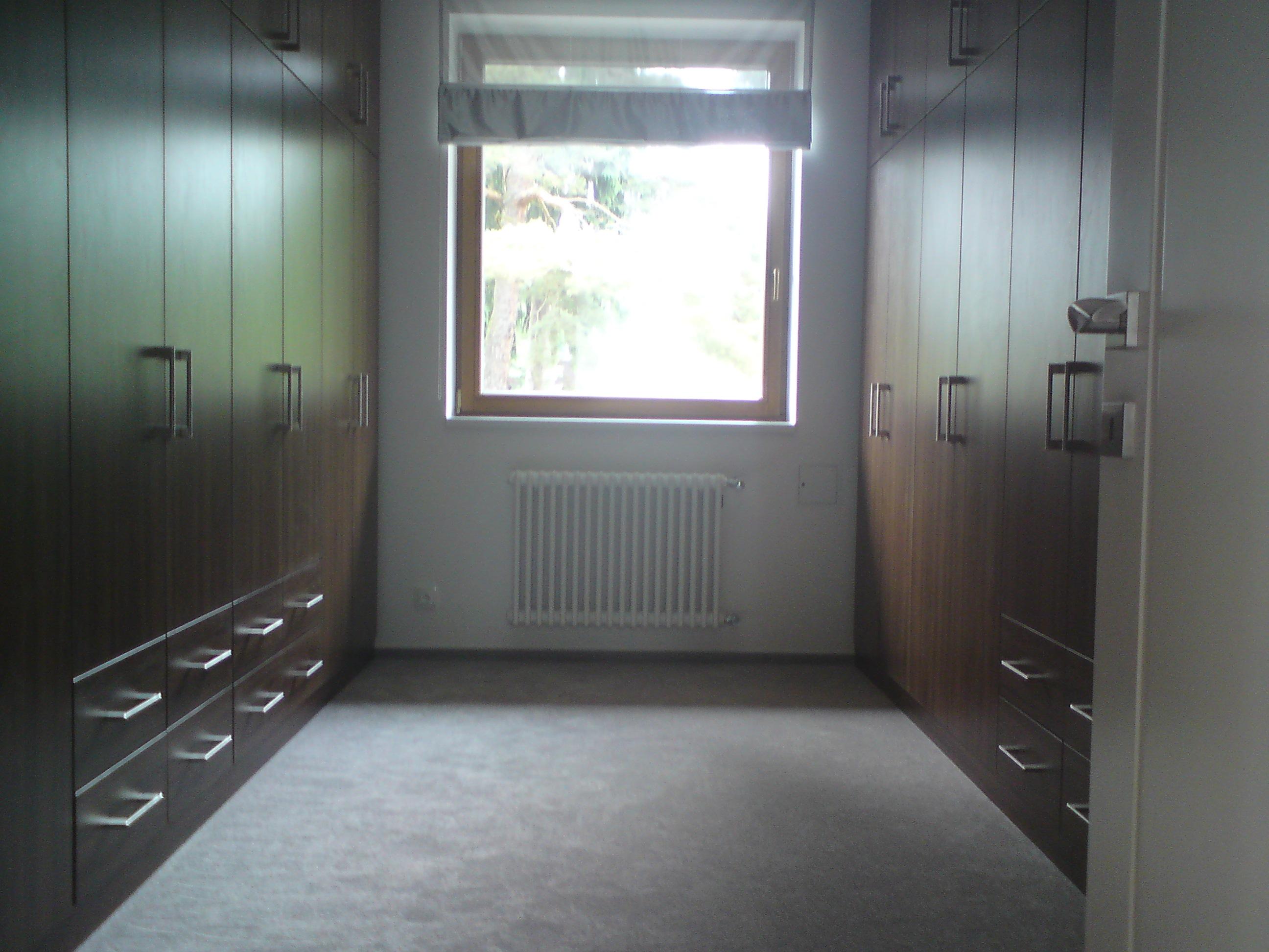 Vestavné skříně Praha Klánovice