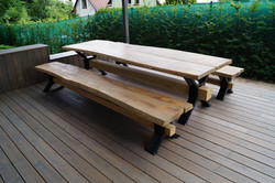 Venkovní stůl  a lavice