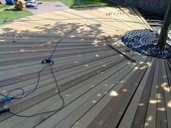 Montáž složité terasy z exotických dřevin